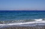 Пляж у отеля, на горизонте Турция, Бодрум