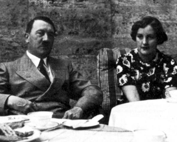 Юнити Митфорд и Адольф Гитлер
